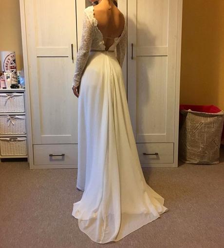 Svatební šaty (ručně šité), 36