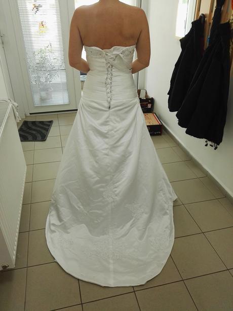 Svatební šaty., 38