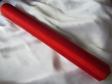Červená organza,