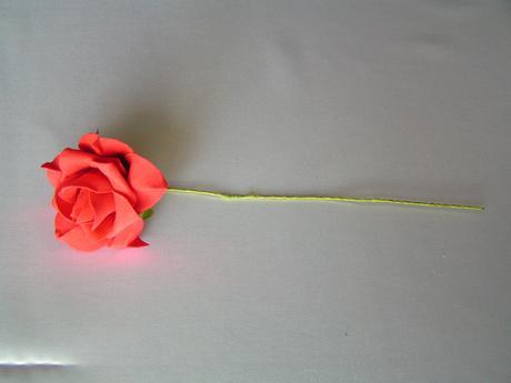 Červené pěnové růže - 8 cm,