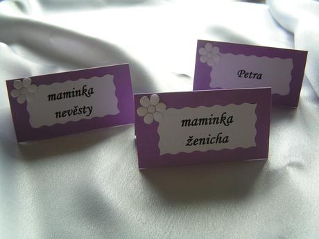 Jmenovky - různé druhy a barvy,