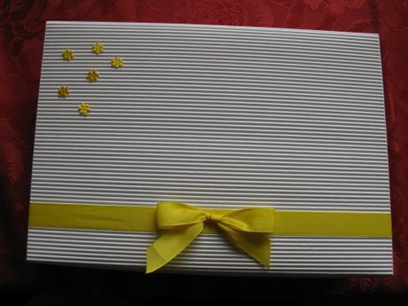 Krabice nejen na přání a obálky,