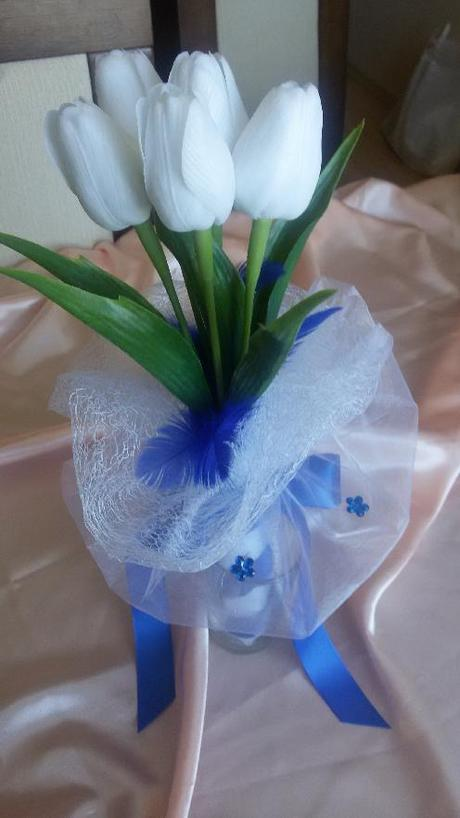 Neživá kytička z tulipánů,