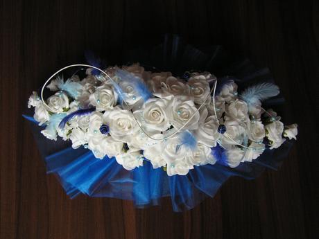 Podlouhlá kytice z pěnových růží ,