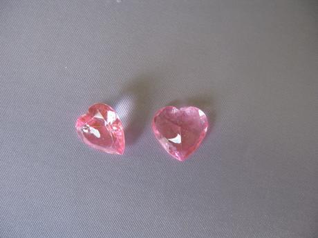 Růžová srdíčka,