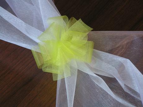 Šerpa na auto nevěsty a ženicha - různé barvy,