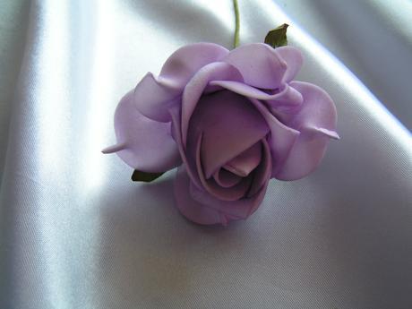 Světle fialkové pěnové růže - 7 cm,