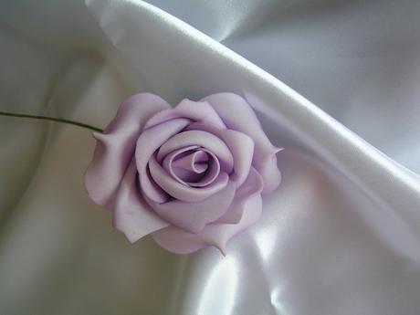 Světle fialové pěnové růže - 8 cm,