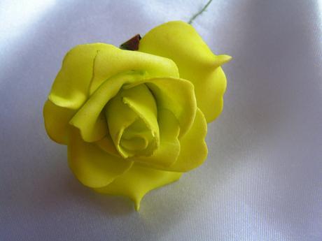 Světle zelené pěnové růže - 5,5 cm,