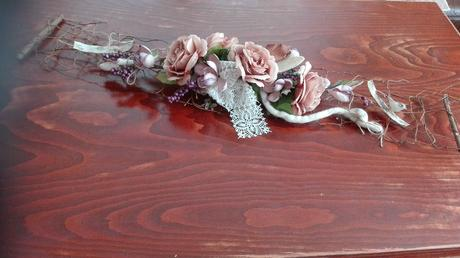 kvetinový aranžmán na auto/ stôl / na stenu,