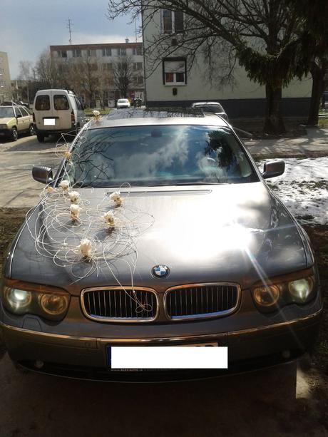 smotanova dekorácia auta,