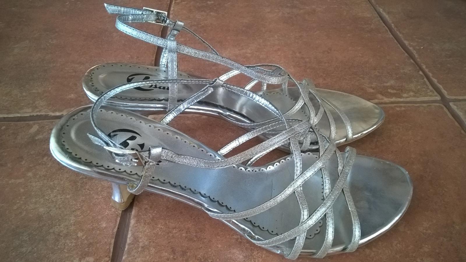 Společenské páskové boty stříbrné 445552e72a