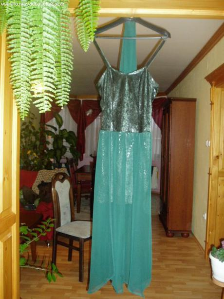 šaty zelené, 38