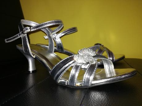 "Nenosené sandále ""La vita by John Garfield"", 39"