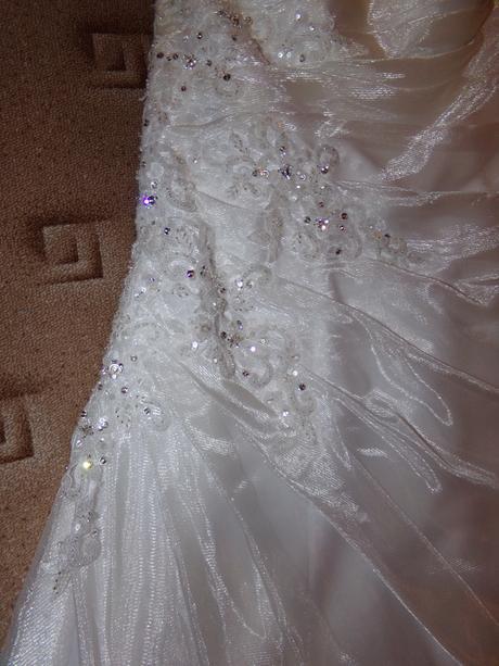Luxusné šaty Madora, 42