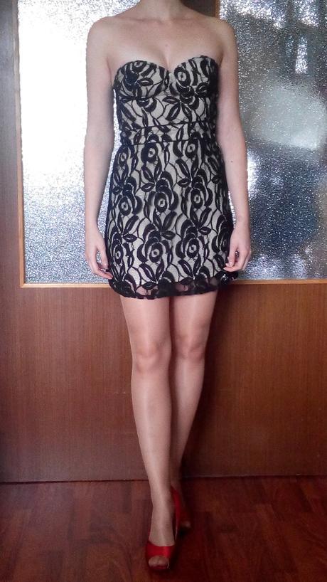 čipkové šaty, 34