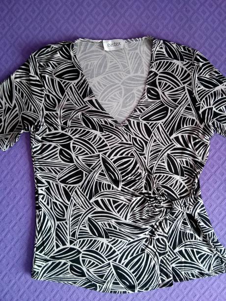 dámske vzorované tričko, L