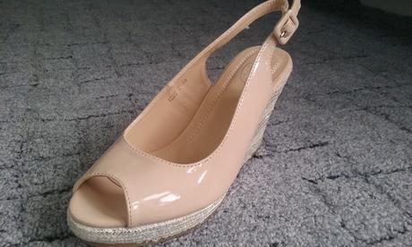 Sandálky na klínku vel.38, 38