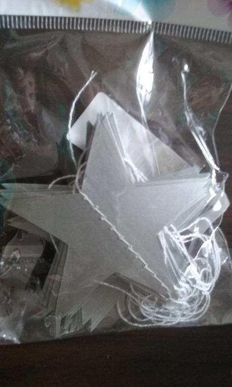Stříbrná girlanda-hvězdy,