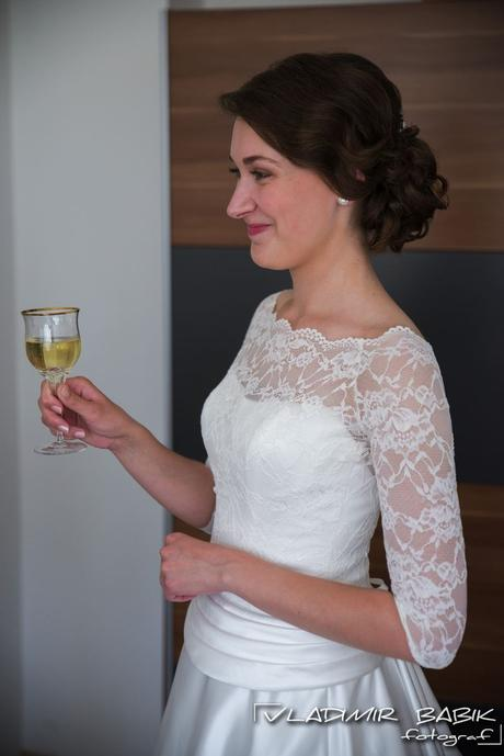 Šaty s krajkovým vrchom a saténovou sukňou - 36, 36