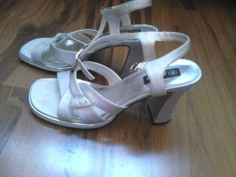 Strieborné sandálky, 39
