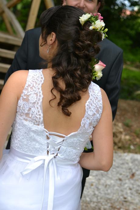 Jednoduche svadobne saty, 36