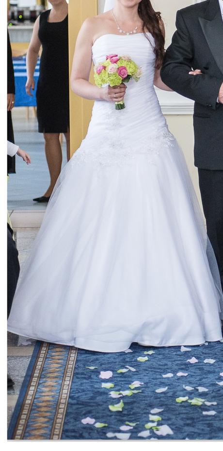 Bílé svatební šaty české značky Madora , 36