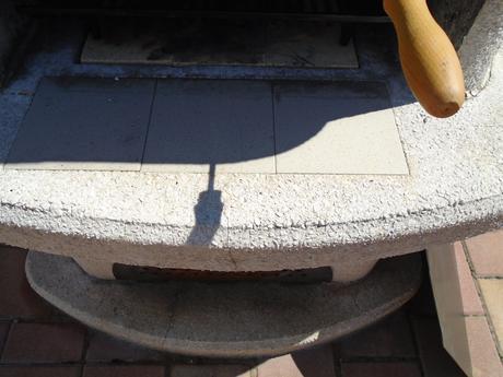 Betonový gril EnEko Panama s udírnou  ,