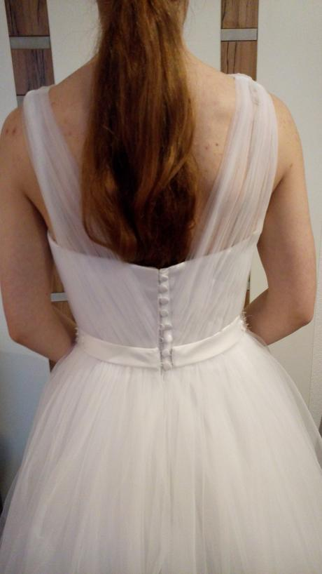 lahučké snehobiele tylove šaty, 36