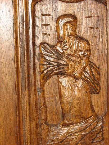 rustikálny dubový nábytok ,