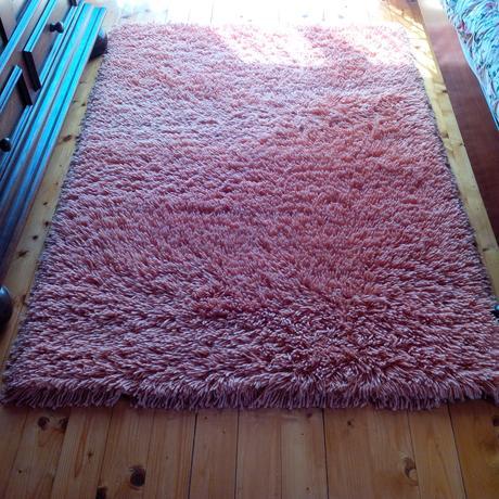 shaggy koberec (ručne viazaný),