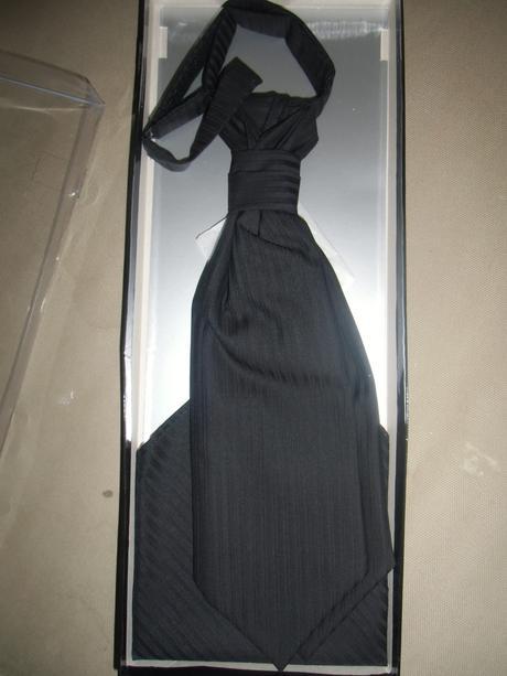 Svatební oblek zn. Wilvorst prestige, 52