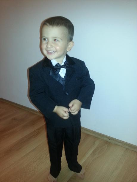 Chlapcensky oblek, 104