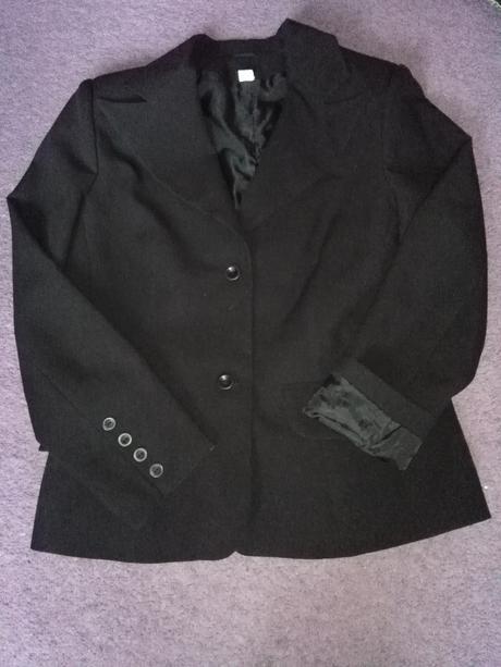 Černé  společenské sako s podšívkou, 42