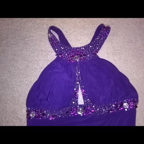 plesove společenské fialové šaty, 42