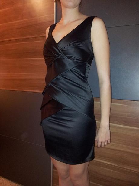 Kokteilové šaty, 36