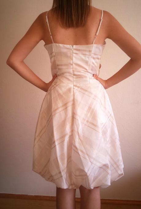 Šaty s jemným károvaným vzorom, 38