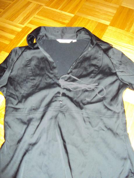 Cierna slavnostna bluzka, 40