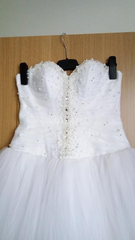 Princeznovské svatební šaty, 38