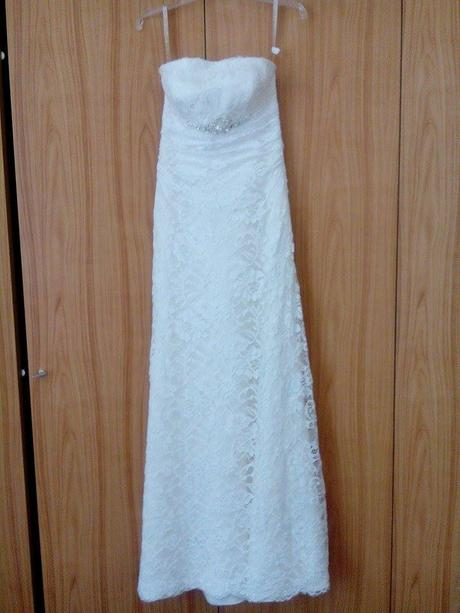Čipkované maslové svadobné šaty, 38