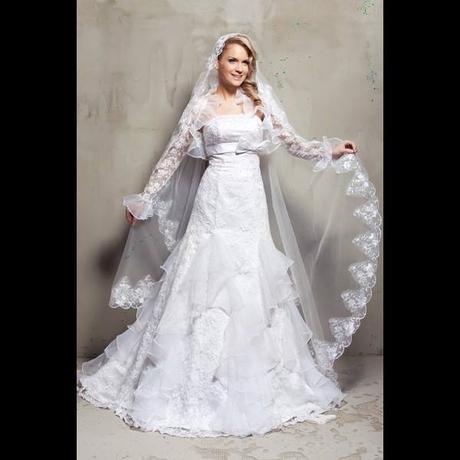 Nove Luxusni Krajkove Svatebni Saty Zavoj 36 4 500 Kc Svatebni