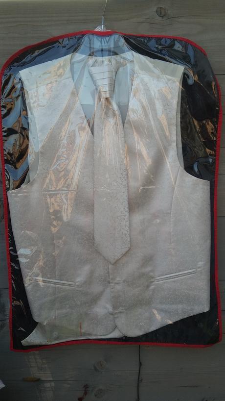 Svatební vesta Bandi Vamos+regata+kapesníček+knofl, 58