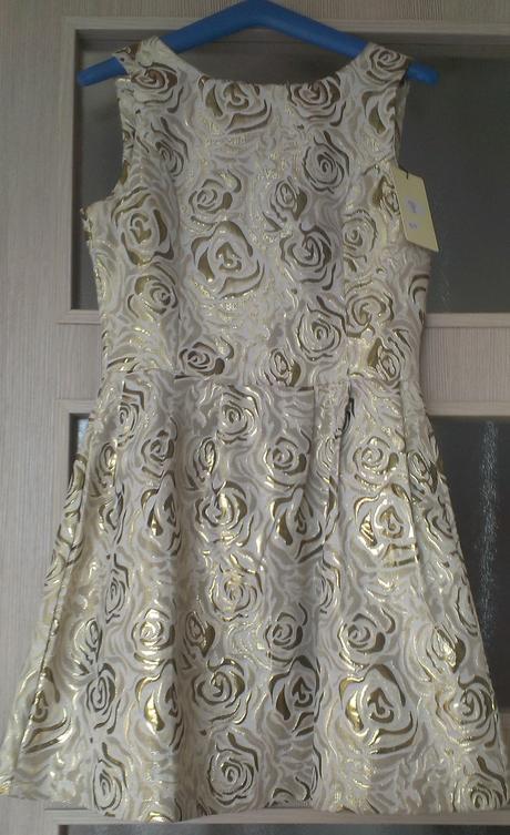 Spoločenské šaty (príp.popolnočné), 36