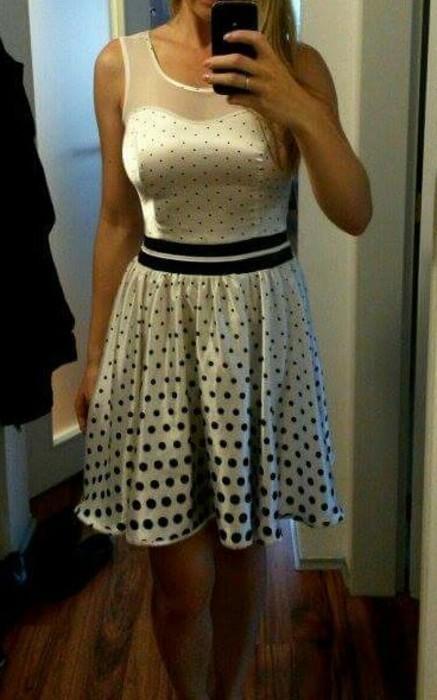 Bílo/černé puntíkaté šaty, 36