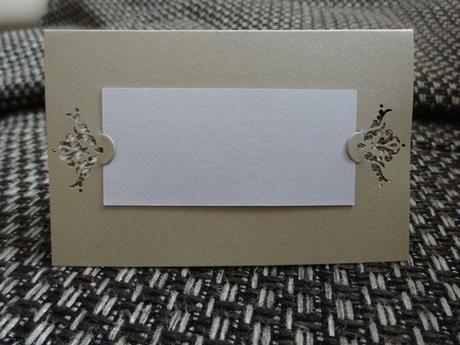 Luxusní svatební jmenovky ve tvaru A 17 ks,