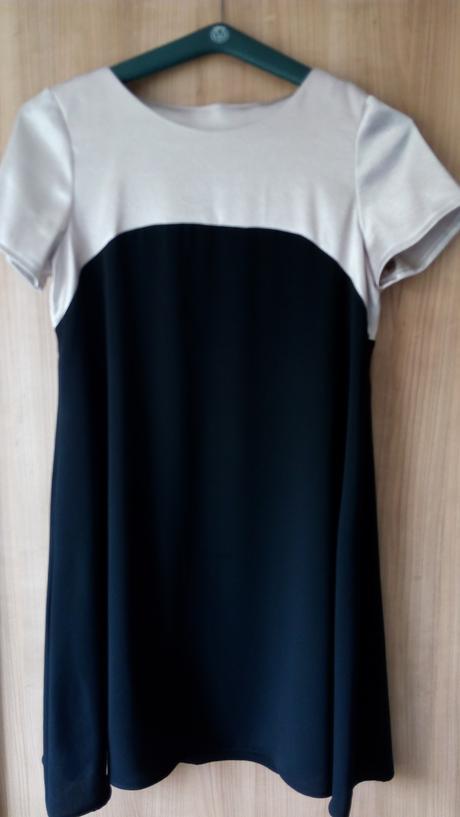 společenské, sváteční šaty, 44