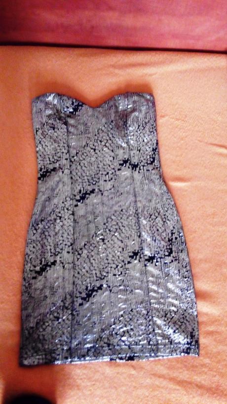 zlaté mini šaty, 36