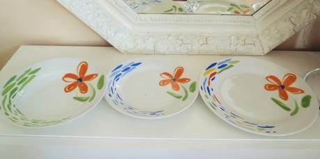 18 dielna porcelánová súprava tanierov,