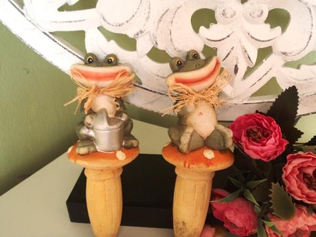 2 x zavlažovače do kvetináčov-žaba,