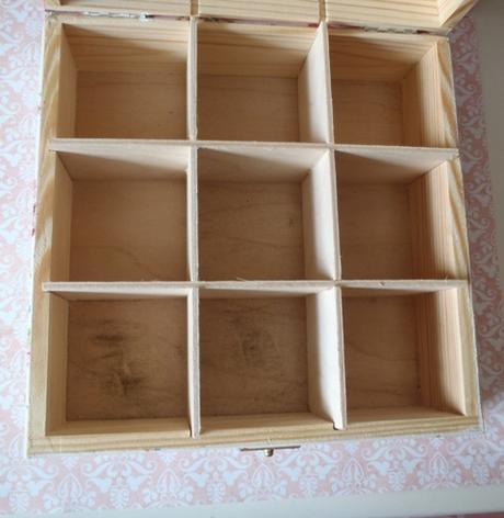 drevená čajová krabica-šálky,